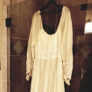 Vintage wedding dress by Gunne Sax